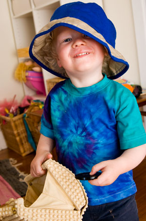 Toddler Fun – Hats 'n' Bags