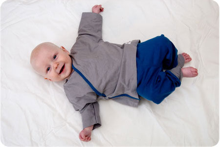 MoederKip Baby Yoga Outfit