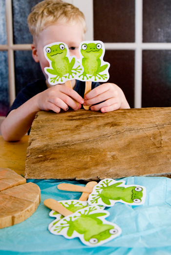 kids songs fvie green frogs printable puppets