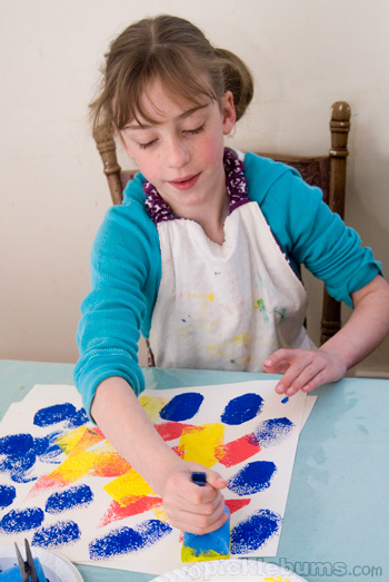 easy art for kids - sponge painting