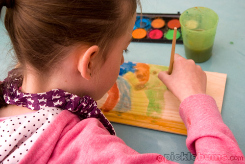 easy art for kids - painting on wood