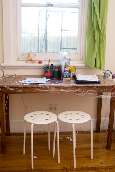 kids writing desk