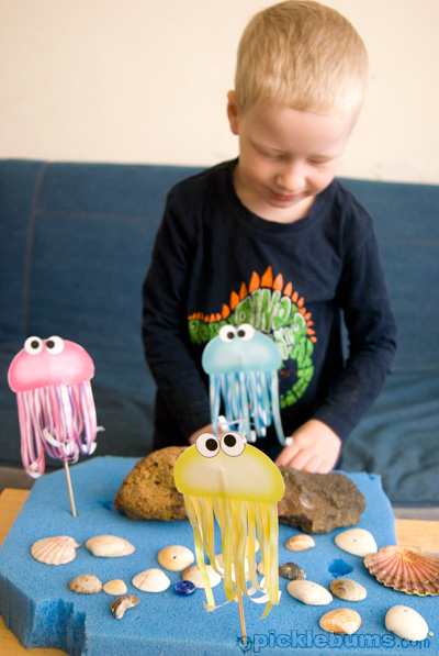 free printable jelly fish puppets