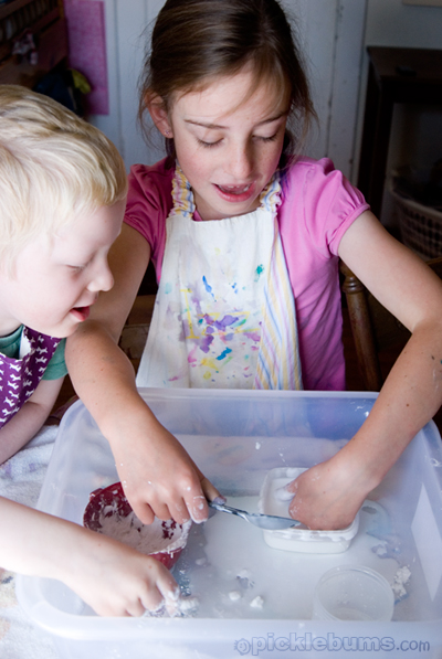 A tub full of goop! Part science par magic this simple sensory recipe will have everyone transfixed!