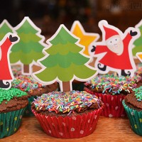 Free printable Christmas cupcake toppers