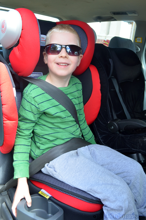 Car Seat Tetris - A Safe-N-Sound Encore 10 Booster Seat Review and ...