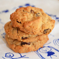 Easy Oat Cookies - not the best cookie ever, but easy and pretty darn yum!