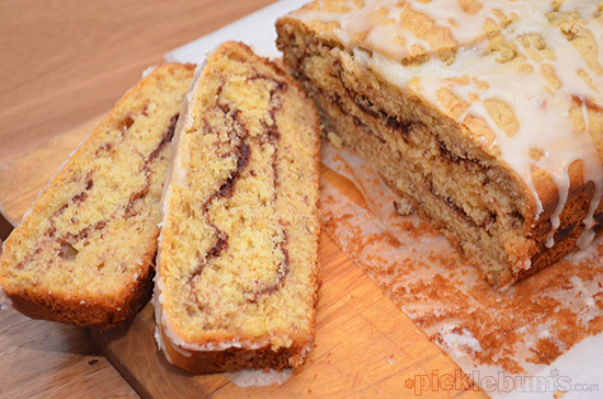 Cinnamon Ripple Banana Cake - quick easy and so yum!
