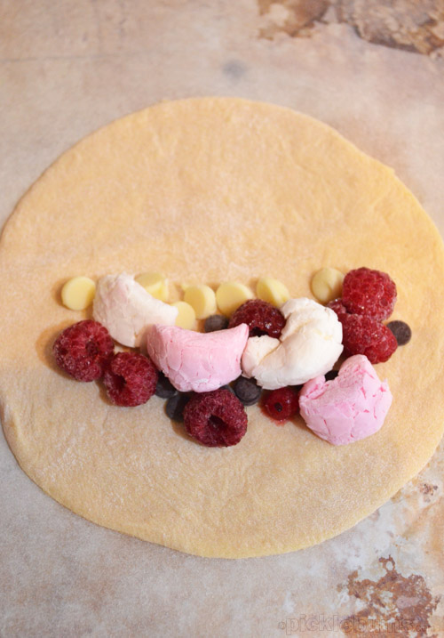 Sweet Pizza Pockets - so much fun to make with the kids