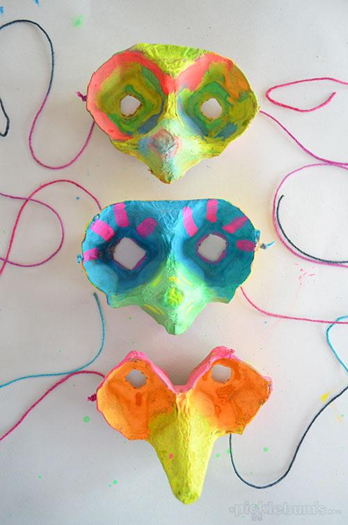 Make an Egg Carton Mask - Picklebums