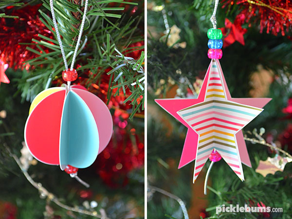 Paper star and circle christmas decorations