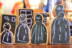 20+ Drawing Ideas and Activities - chalk board blocks