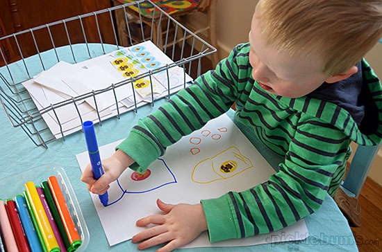 20+ Drawing Ideas and Activities - setting up a drawing basket