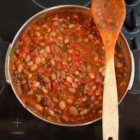 Easy kid-made chilli recipe - and 4 easy meal ideas using the chilli sauce.