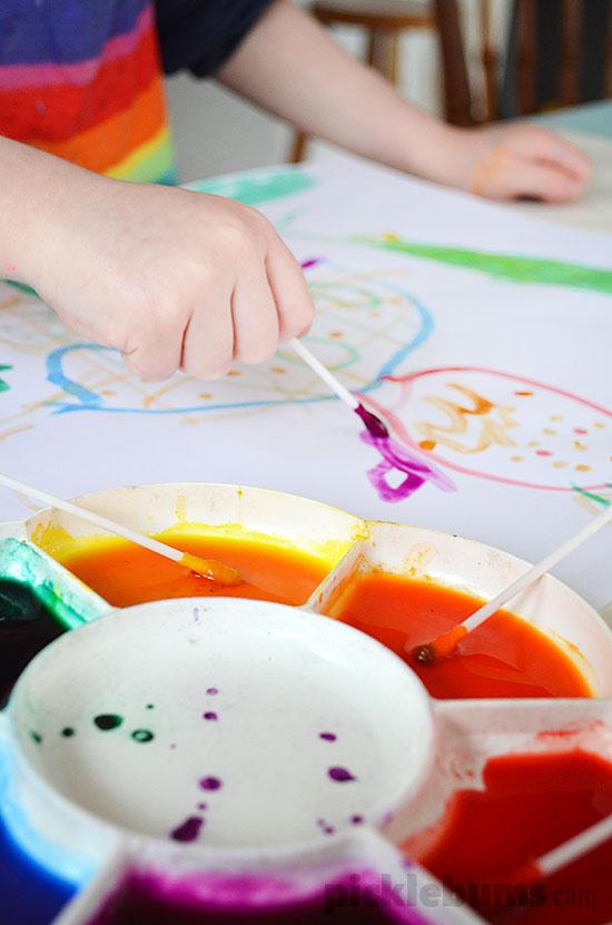 4 Easy Art Activities we did last week - Cotton Bud Painting