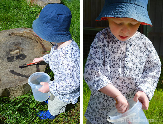 Ideas and tips for outside play - water play!