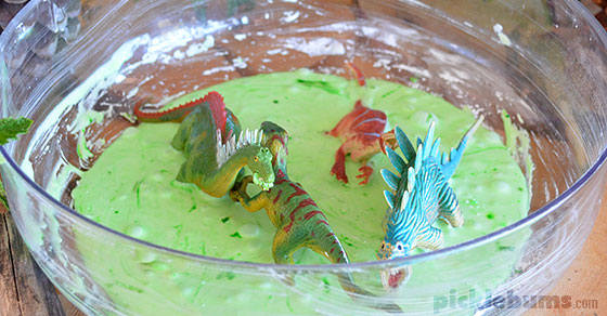how to make slime with cornflour and conditioner
