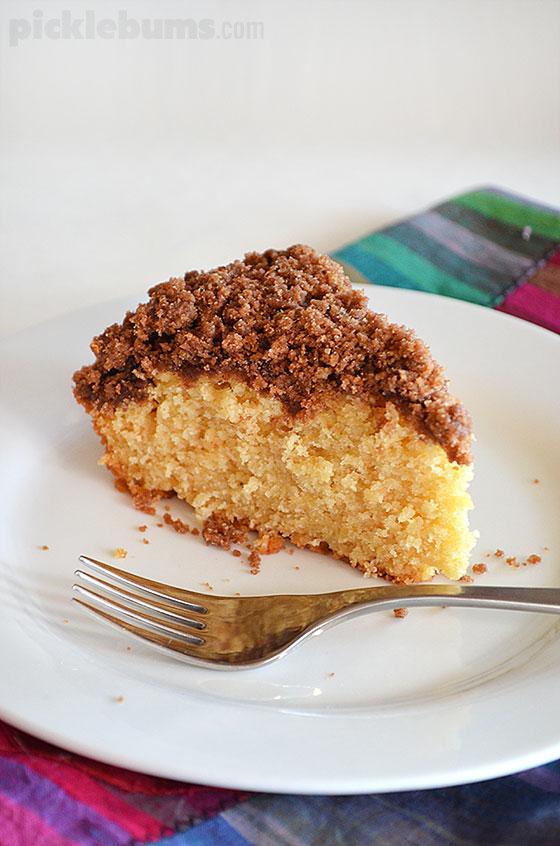 Cinnamon Crunch Apple Cake - easy and delicious recipe
