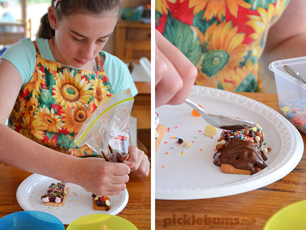 No-bake Rocky Road Cookie Bars - an easy sweet treat the kids can make!