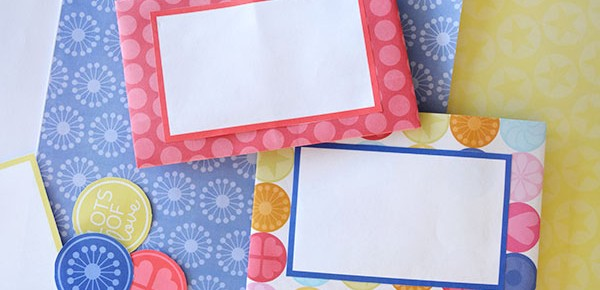 Fold a piece of paper into an envelope - step by step instructions and a free printable