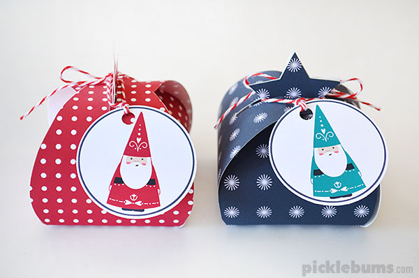Free Printable Christmas Gift Boxes - print and fold these cute little boxes and add our bonus Santa tags