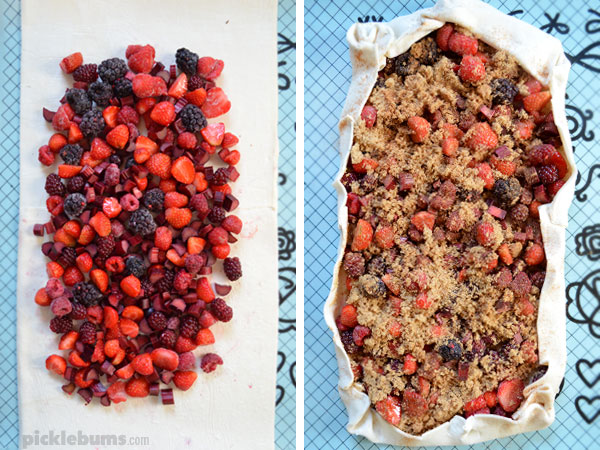 Super simple berry slab pie - an easy dessert to make for the family or for celebrations