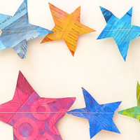Recycle some old newspaper and make these simple painted star garland.