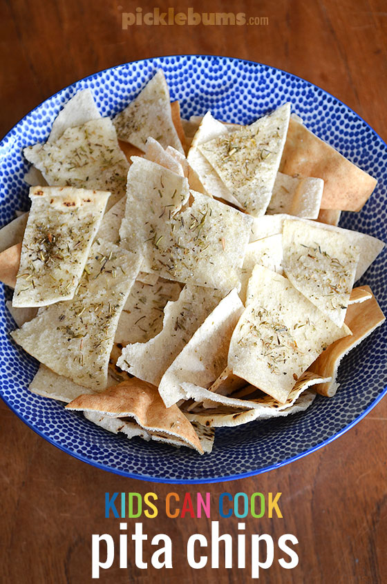 Pita Chips - an easy tasty snack that the kids can cook!