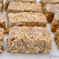 Apple and Oat Bars