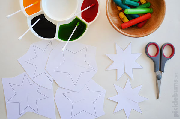 Easy To Make Christmas Star Decorations
