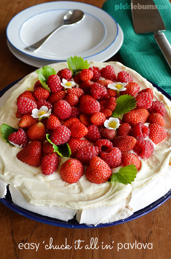 Easy pavlova recipe - just dump everything in a bowl and mix!