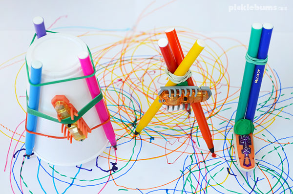 Three simple hexbug drawbots