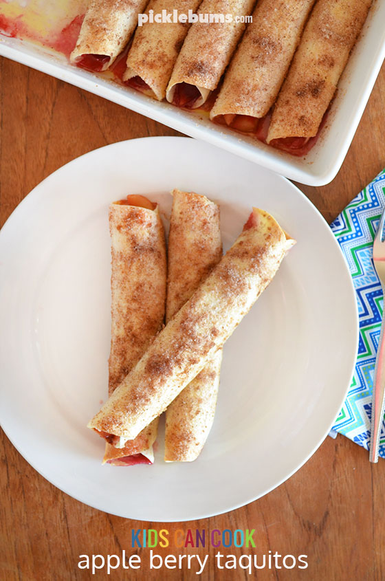 Apple and berry Taquitos - a delicious and easy sweet treat that the kids can cook.