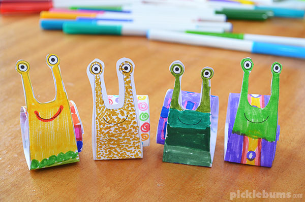 Make an easy paper snail