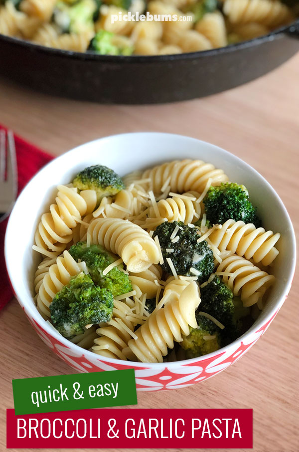 Broccoli and garlic pasta - a quick and easy family dinner