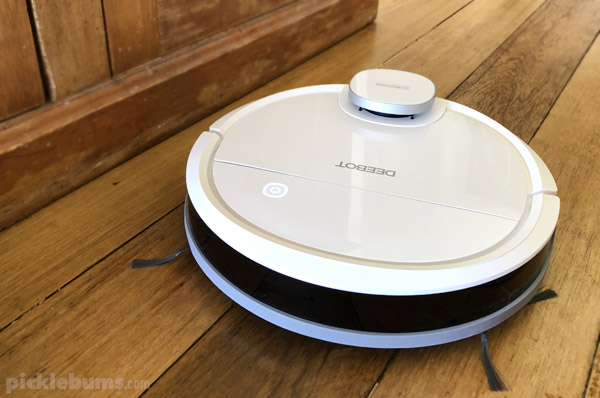Make housework easier with the deebot