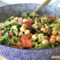 Easy and delcious chickpea salad recipe