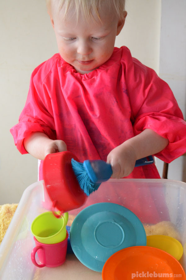 Easy Water Play Activities - washing the dishes