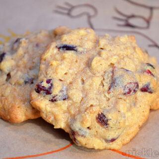 Fruity Oatmeal Cookies